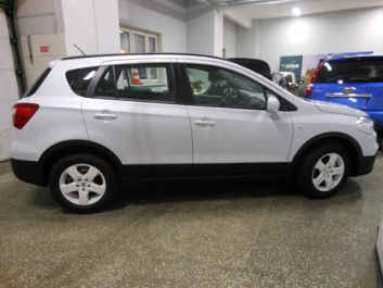 NEW SX4  (1.6 AT 2WD GL)